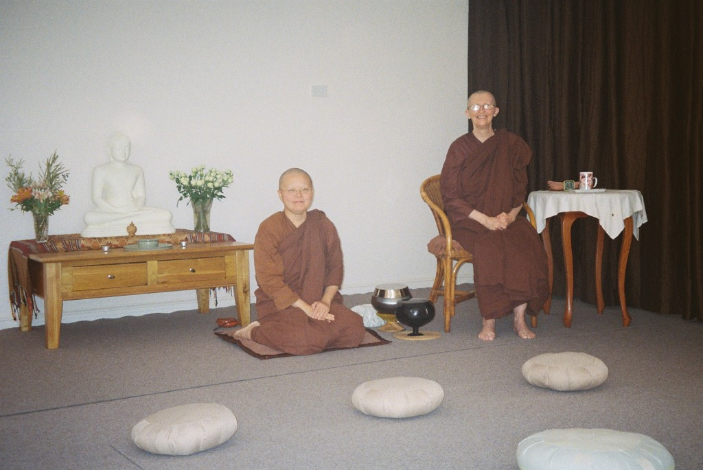Ajahn Vayama and Venerable Seri at the Sala of Patacara Bhikkhuni Hermitage April 2011