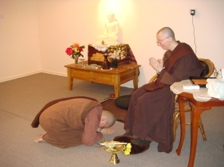 Ayya Vayama Bhikkhuni and Ayya Seri Bhikkhuni during Forgiveness Ceremony on Pavarana Day, 19th October 2013 at Patacara Bhikkhuni Hermitage.