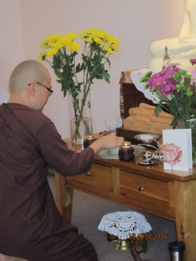 Offering of incense and candles at the beginning of the Meditation Day on 19th March 2016 at Patacara Bhikkhuni Hermitage. Photo by Ming.