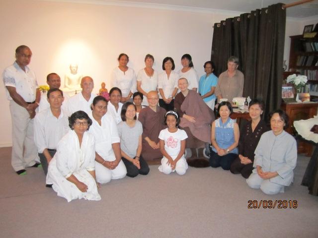 Ayya Vayama Bhikkhuni, Ayya Seri Bhikkhuni and the participants at the Meditation Day on 19th March 2016. Photo by Ming.